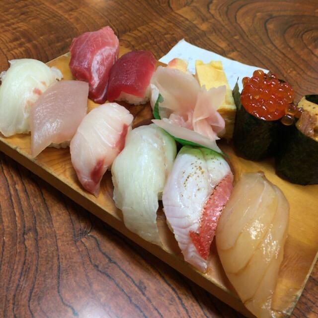 リーズナブルに美味しいお寿司を。館山のお寿司屋さんなら巴寿しがオススメ