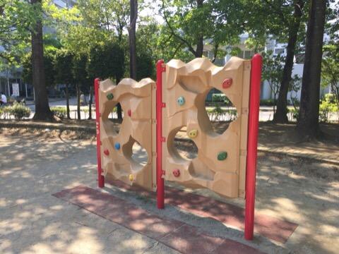 【印西】大塚前公園/昔ながらの遊具と新しい遊具と